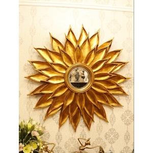 Gương trang trí phòng khách tân cổ điển