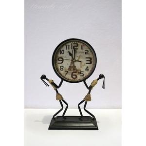 Đồng hồ để bàn nghệ thuật decor