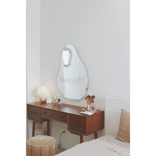 Gương thiết kế phòng ngủ Quả Bầu